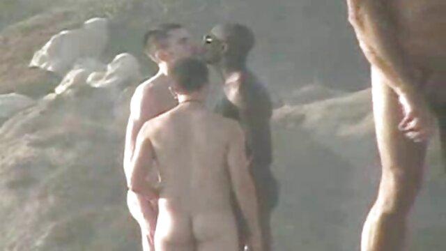 कोई पंजीकरण Porno  जॉय प्रशिक्षक बेब सम्मान मई स्ट्रिप्स और सेक्सी मूवी बीएफ फिल्म रेट्रो कमरबंद मोज़ा में wanks