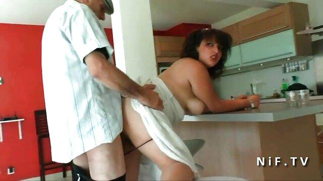 कोई पंजीकरण Porno  श्यामला एक बड़े मुर्गा पर उसे गले लगाने के बीएफ वीडियो फुल मूवी सेक्सी लिए उपयोग करती है